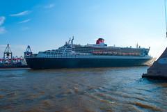 Passengers ship RMS Queen Mary 2 in Hamburg, Germany