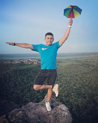 ⛱👌💪#sol #aventura #rappelling #aventuras #sun #nature #trekking #adventure #trilhas #natureza #stars #trip #trilha #travel #camping #tripdomingo #tocantins #serradoestronda #power #natureza #mountain #summer #summerfun #love #gopro #happy #