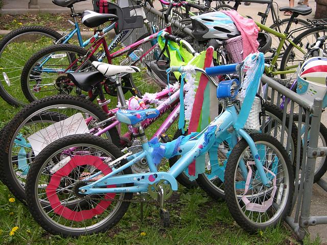 2013 Linden Hills Festival parked bike parade