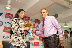 Vidya Balan being felicitated at the Reliance Digital Store!