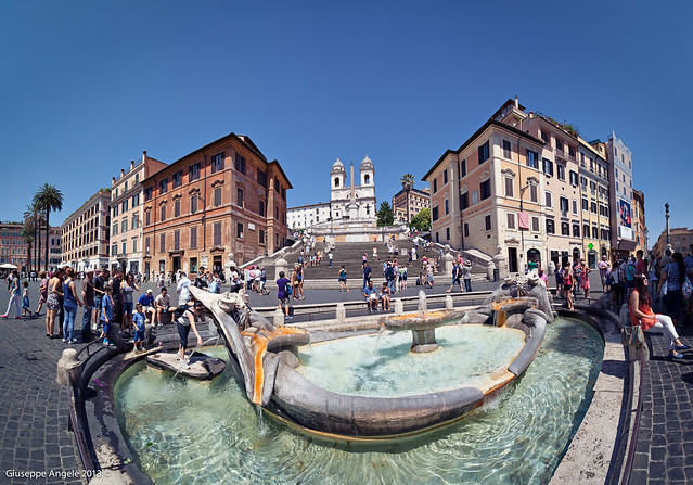 Piazza di Spagna (Roma - Italia)