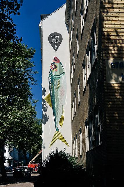 Low Bros Graphic Street Art Hamburg