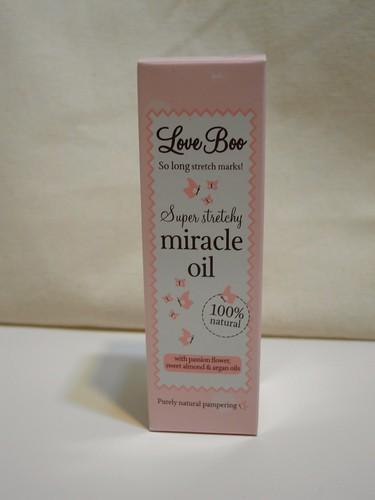 LoveBoo 的 Miracle Oil 妊娠油,包裝好粉嫩,不說的話我會以為是少女系的香味噴霧吧