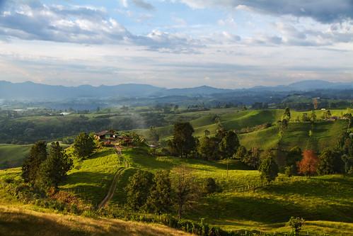 Colombian Landscape by szeke