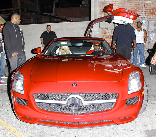 Nicki Minaj Hops out a $500,000 Mercedes Benz looking sexy as hell