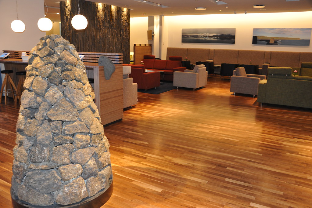 how to get air canada lounge access