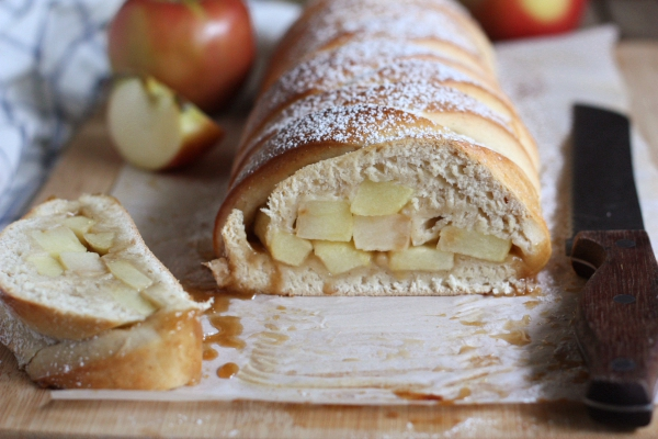 Caramel Apple Braided Loaf Recipe // completelydelicious.com