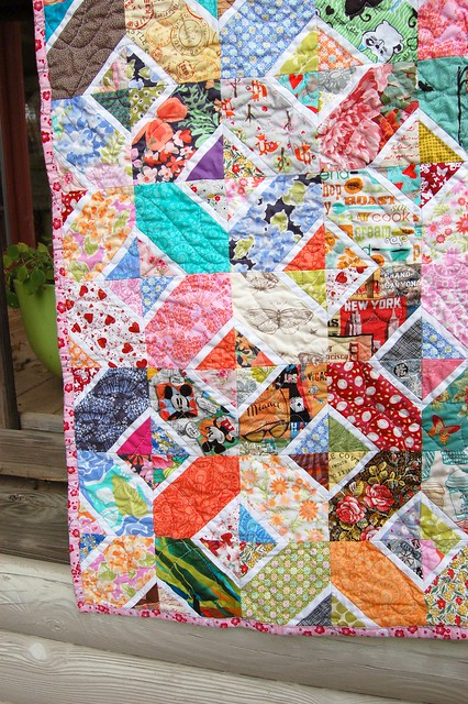 Kaori's Hugs and Kisses Quilt Left Corner
