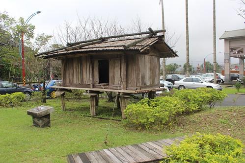 南山部落餽贈的傳統穀倉。(攝影:廖靜蕙)