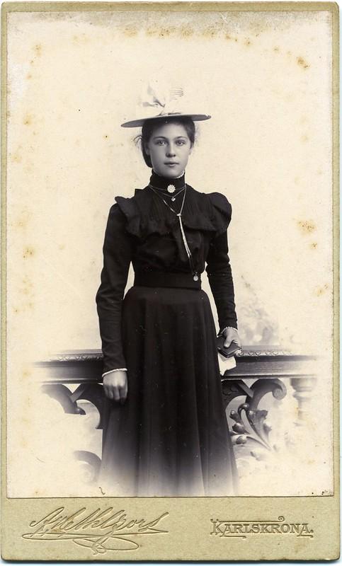 CDV Portrait of a young woman - Sweden - c.1900