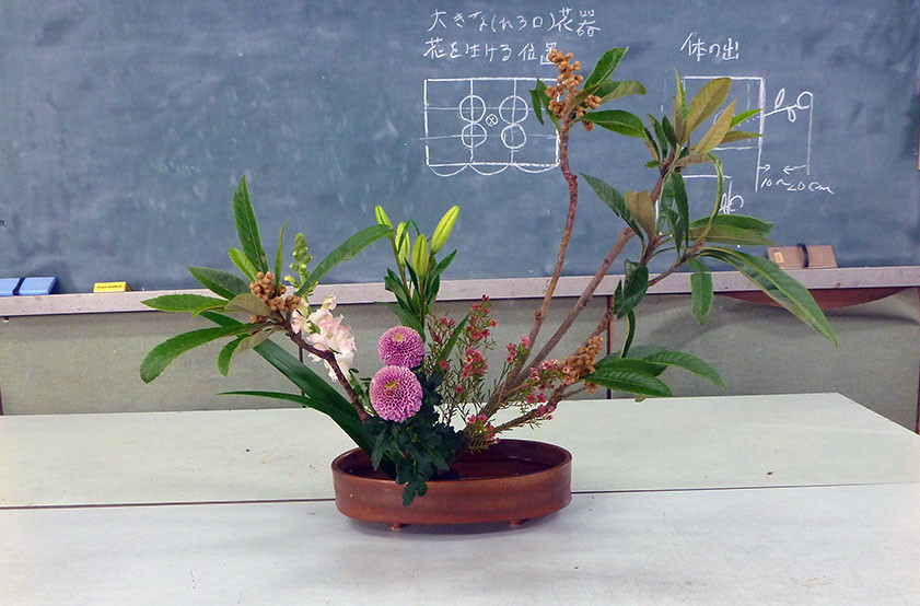 【盛花】ビワ、スカシユリ、ピンポン菊【2013_11_30】