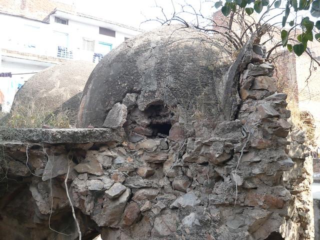 Kalu Serai