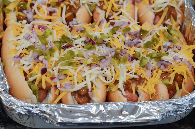 Chili Dogs For a Crowd-040.jpg