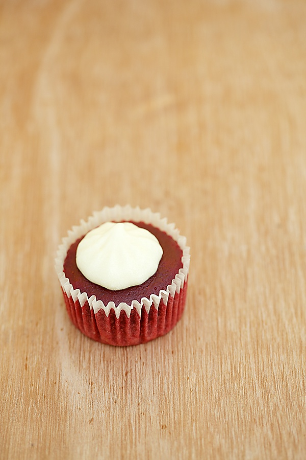 Eggless And Natural Red Velvet Cupcakes With Cream Cheese Frosting