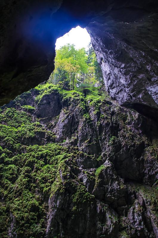 Пункевные пещеры