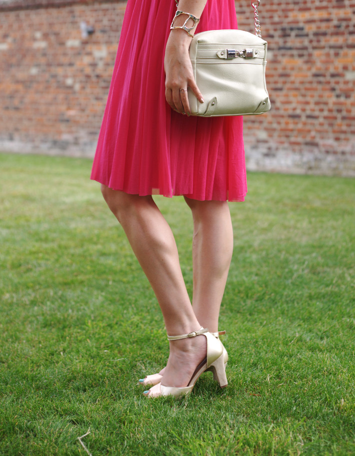 pink and gold wedding outfit