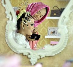 Foto persiapan pengantin sebelum akad pernikahan di wedding kk @mildha92 & @willy_bahari di Gedung Tiara Graha Yogyakarta.  Wedding photo by @poetrafoto, http://wedding.poetrafoto.com Makeup by @litayaniva & @evi.rumini  Info pricelist kami, bisa email, D