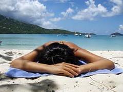 Esposizione solare e mare. Come comportarsi in vacanza? Intervista al dott.Alberto Di Muria