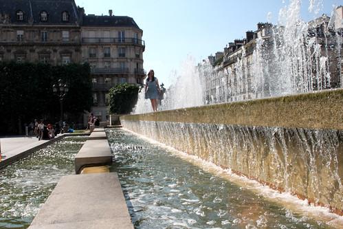 Hôtel de Ville Fountains
