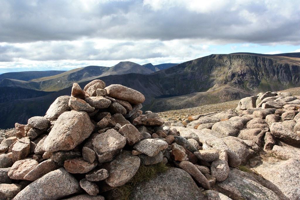 Derry Cairngorm summit