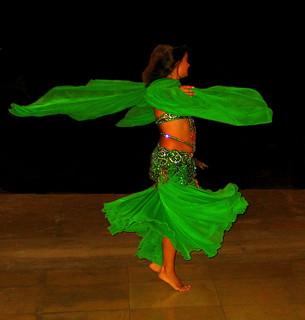 Une danseuse Arabe - Arabian dancer