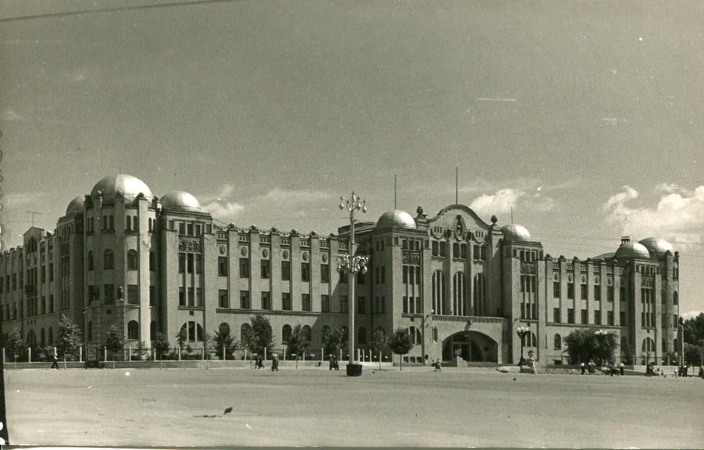 29_Здание Управления Куйбышевской железной дорогой