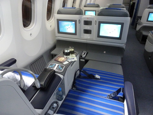 LOT Polish Airlines Boeing 787-8 Business Class Seat