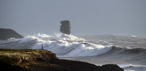 ireland wild storm nature weather waves kerry swell seastack dinglepeninsula