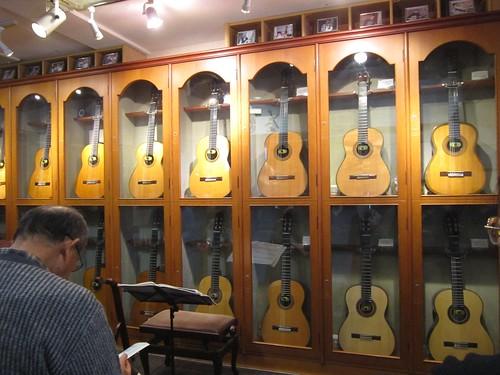 ギターショップアウラ第一試奏室 2014年1月19日 by Poran111