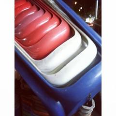 เรียบร้อยดี #เก็บเก้าอี้ #สีธงชาติ