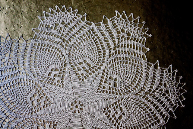 Pineapple Starburst Doily