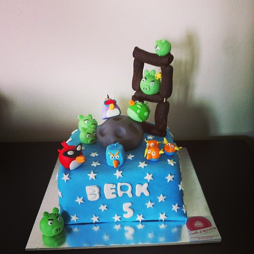 #angrybirdsspacecake by l'atelier de ronitte