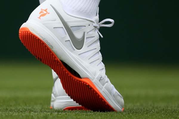 Federer no podrá utilizar su calzado Nike con suela naranja durante el torneo de Wimbledon
