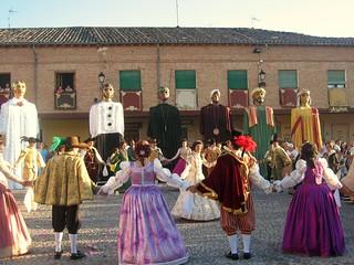 Numerosos pueblos reviven tradiciones ancestrales.