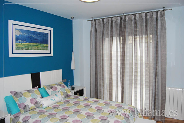 Cortinas dormitorio moderno con barra flickr photo - Cortinas dormitorio moderno ...