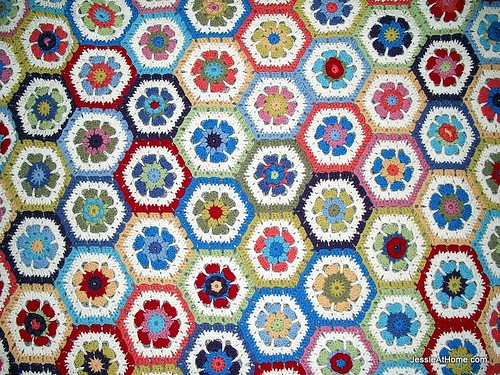 flower-to-hexagon-blanket