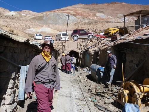 En la entrada de las minas de Potosí (Bolivia)