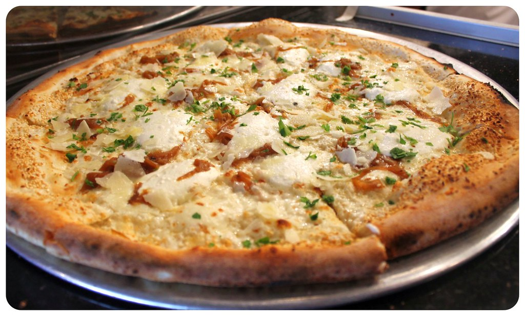 best pizza in williamsburg brooklyn new york city white pizza