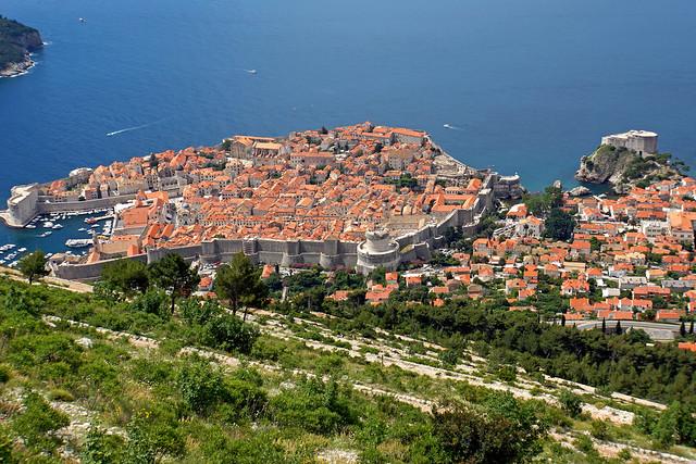 El casco antiguo de Dubrovnik. Murallas y fortificaciones de la antigua República de Ragusa. Croacia.