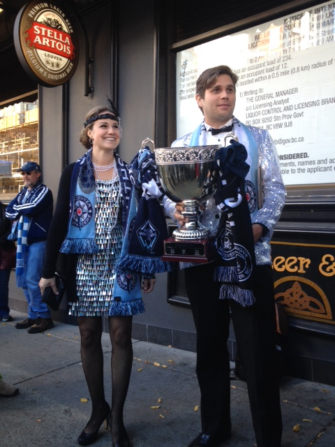 [PIC] @Southsiders looking sharp with OUR @WhitecapsFC's #CascadiaCup! #VWFC #MLS @Doolins