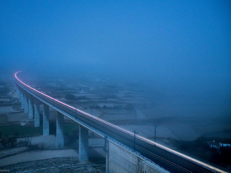 El AVE contra la niebla