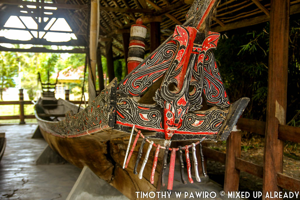 Indonesia - Medan - Museum Huta Bolon Simanindo - Royal Boat