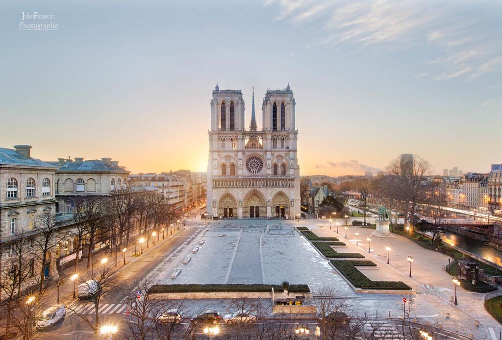 Sunrise Sunset Times of Paris, France
