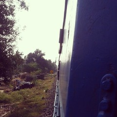 #Train #India #wind #country #side #greenery #best #sky #blue #green