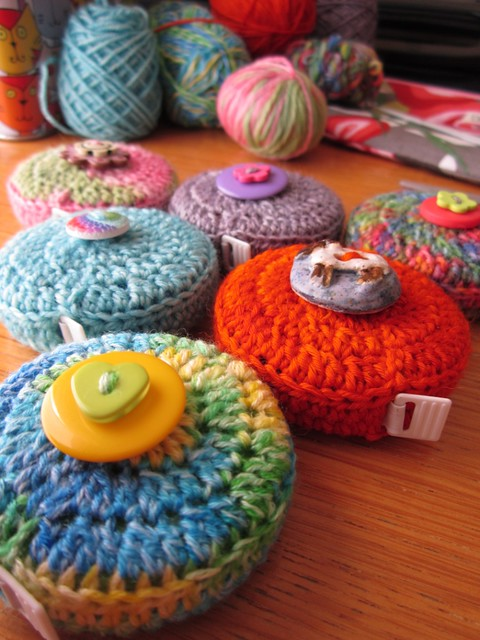 crochet tape measure cases tutorial (58)