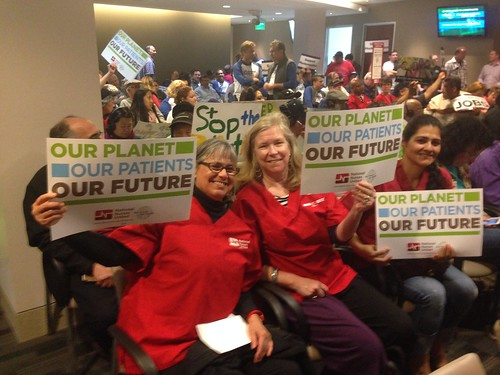photo of nurses at Richmond, CA refinery hearing and protest.