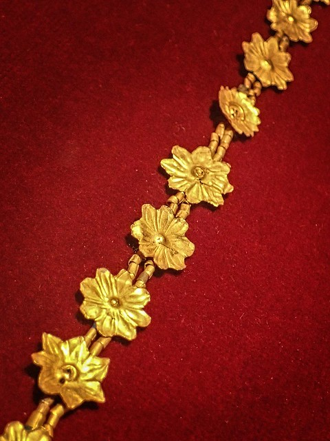 Gold necklace of flowerettes  recovered from the royal cemetery of Ur, Iraq 2550-2450 BCE