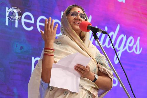 Poem by Sarla Vijay Singh from Chennai, Tamil Nadu