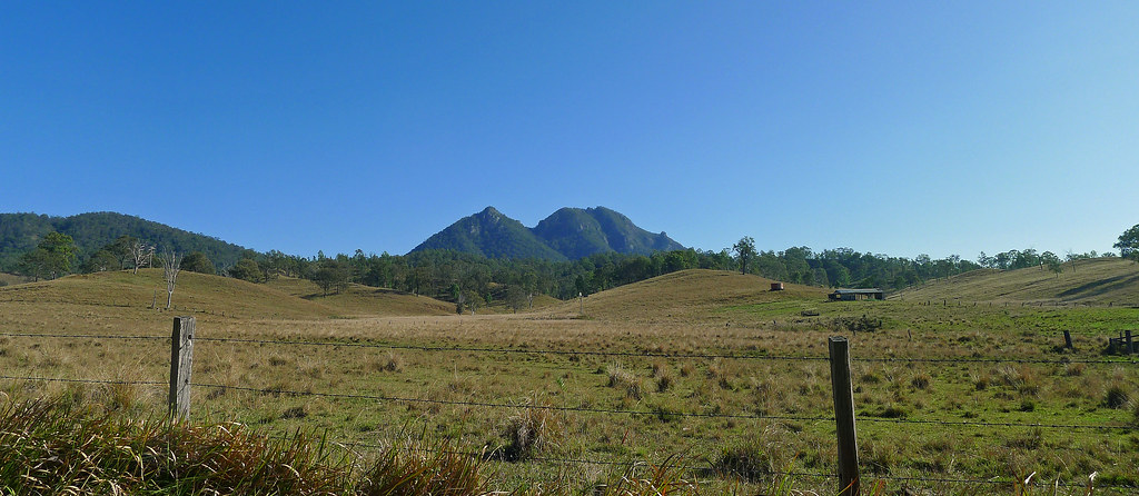 Mt Moon from Croftby Lake Moogerah Road