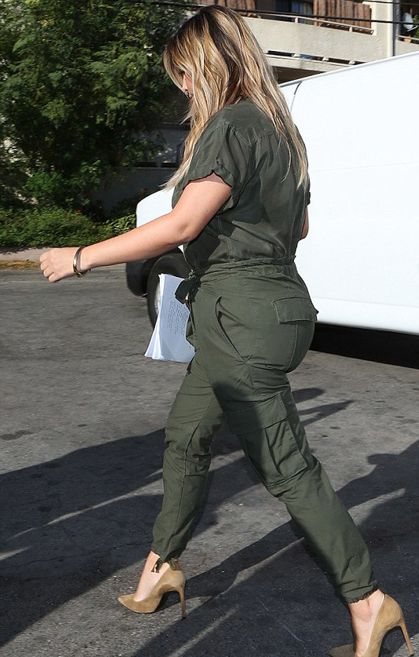 Kim-Kardashian-wearing-paratrooper-jumpsuit